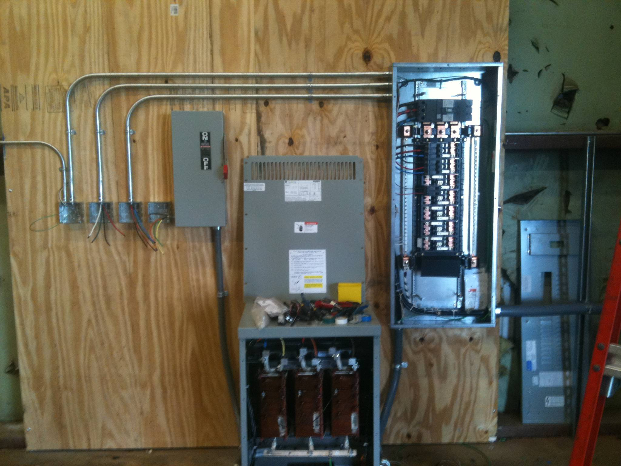 Black Electric Commercial Electrical Fuse Box Service